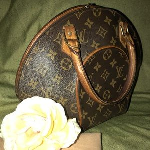 100% Authentic Louis Vuitton Ellipse Handbag